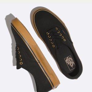 Black gum sole vans